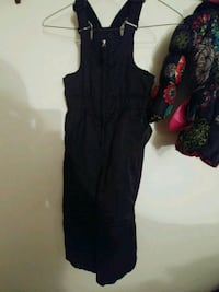 Girls size 4/5 snow outfit 56 km