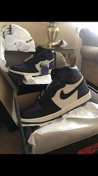 Retro 1s size 10 and 11 cashapp only  null