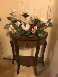 "30""Hx25""Lx12""W half moon wood table with free flower candle holder centerpiece check out my other items on this page message me if you interested gaithersburg md 20877 Gaithersburg, 20877"