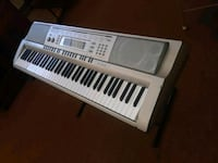 white and gray electronic keyboard Apple Valley, 92307