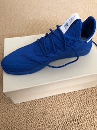 Pharrell Williams Nike shoes Bellevue, 98005