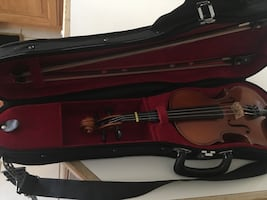 Black and brown violin with case