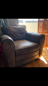 Ethan Allen Leather Chair
