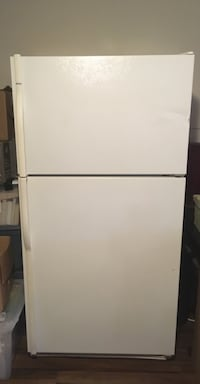 Refrigerator for sale Hull, J8X 4K2