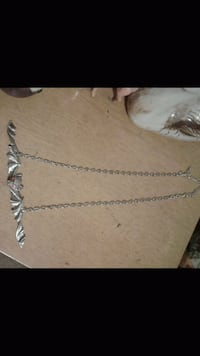 silver chain link necklace screenshot