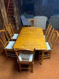 rectangular brown wooden table with four chairs dining set Middletown, 21769