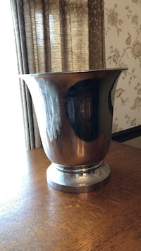 Silver-toned Ice Bucket from Crate & Barrel FREDERICK