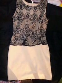 white and black floral sleeveless dress Maywood, 90270