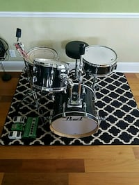 Pearl vision drum set  Indialantic, 32903