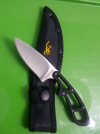 BROWNING FIXED BLADE KNIFE  Airdrie, T4B 0E1