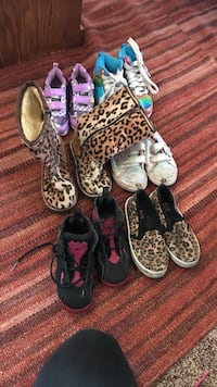 6 pairs of women's assorted shoes Carmichael, 95608