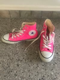Women's size 6.5 converse Central Okanagan, V1Z