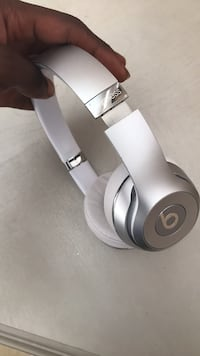 Solo Beats Wireless 9.5/10 condition works perfect North Las Vegas, 89031