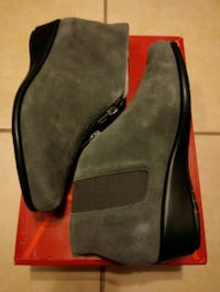 Aerosoles Boots Size 6.5 (Gray Suede) Metairie, 70003