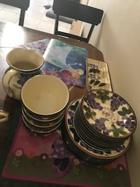 white-and-purple floral dinnerware set Port Saint Lucie, 34984