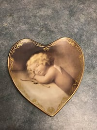 """Numbered Collector Plate """"Sweet Slumber"""". Approx 6"""" across Surrey, V3V 7L9"""