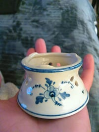 white and blue ceramic floral candle holder Tucson, 85719
