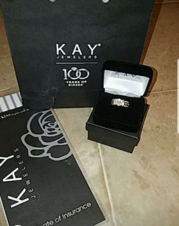 4d10f58fb Used Kay Jewelers 14k Bagt diamond bridal DEAL!!!! for sale in ...