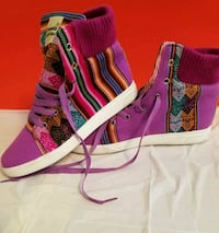 pair of purple-and-black high top sneakers West Springfield, 22152