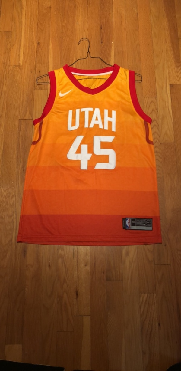newest 320eb 70ddd Great Condition. Nike Sewn Utah Jazz Donovan Mitchell Jersey