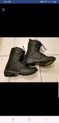 Used snowboard boots size us 11.5