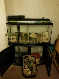 75 gallon bow front fish tank  East Point, 30344