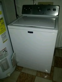 Maytag 2 year's old excellent condition washer Alexandria, 22306