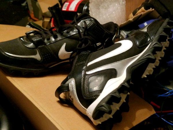 128e38fbfe8 Used Nike cleats