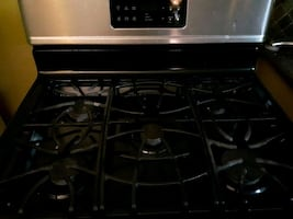 Frigidaire gas stove oven top