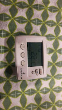 Programmable thermostat  Calgary, T2B 0H8
