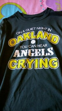 Green and gold Oakland crew-neck tshirt