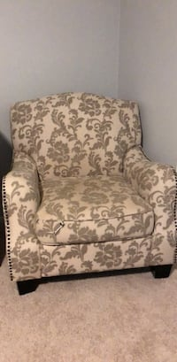 Accent Chair Arlington, 22204