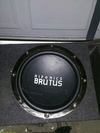 black and gray Hifonics Brutus loaded subwoofer en Fair Grove, 65648