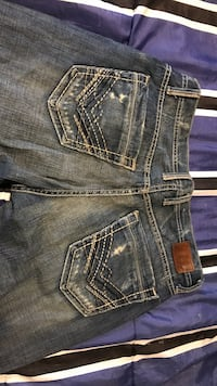 Buckle Jeans 33 x 36