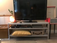 Tv Stand  Calgary, T2S 3A2
