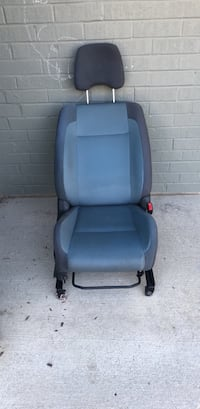 black and gray car seat Fort Belvoir, 22309