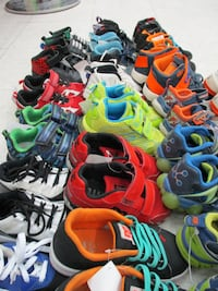 running shoes for kids Etobicoke