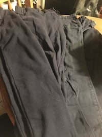several black denim jeans null, L2G 6X6