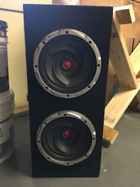 "9"" subs in box with amp Toronto, M8W 4V3"