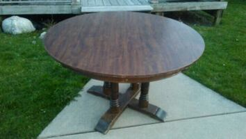 /*/*/*/*  DINING TABLE *\*\*\*\