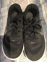 pair of black Nike running shoes Surrey, V3S 2A9