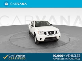2015 Nissan Frontier Crew Cab pickup SV Pickup 4D 5 ft White