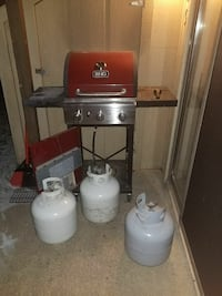 Red propane grill with 3 tanks.  Fox Lake, 60020