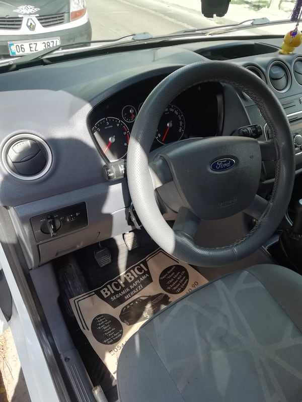 2013 Ford Transit connect df2e950b-9bf7-418c-ba03-ca31a1669229