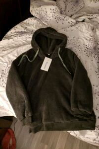 Ladies sherpa hoodie size medium with pockets