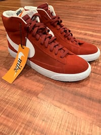 Nike blazer burgundy and white size 11 (NEW) Worcester, 01609