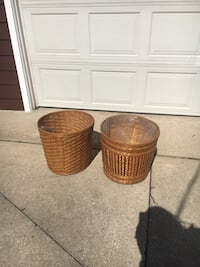 two brown wicker basket with lid Granger, 46530