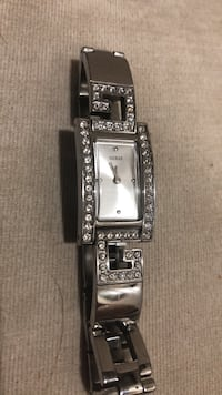 Ladies guess watch great condition works great like new