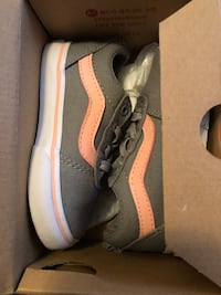 Vanz size 8 toddler Baltimore, 21218