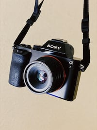 Sony A7 Full frame digital camera w/lens